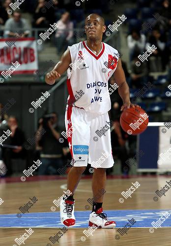 2008-03-01 / Basketbal / Antwerp Giants - Bergen / Ayinde Ubaka (Antwerp).Foto: Maarten Straetemans (SMB)
