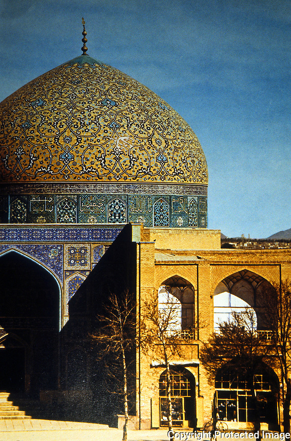 "Islamic Architecture: Isfahan--Mosque of Shaykh Lutf Allah, 1603-1617. ""Perhaps the most elegant monument of the Safavid Period."""