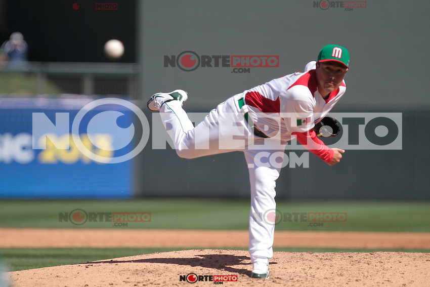 Rodrigo Lopez picher abridor.. Mexico vs Italia, 2013 World Baseball Classic, Estadio Salt River Field en Scottsdale, Arizona  ,7 de marzo 2013...photo© Baldemar de los Llanos