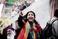 Gülser Yildirim est député de la ville de Mardin. Arrêtée et emprisonnée abusivement en 2010, elle a été libéré en janvier 2014. Elle est une leader et une figure des femmes kurdes.