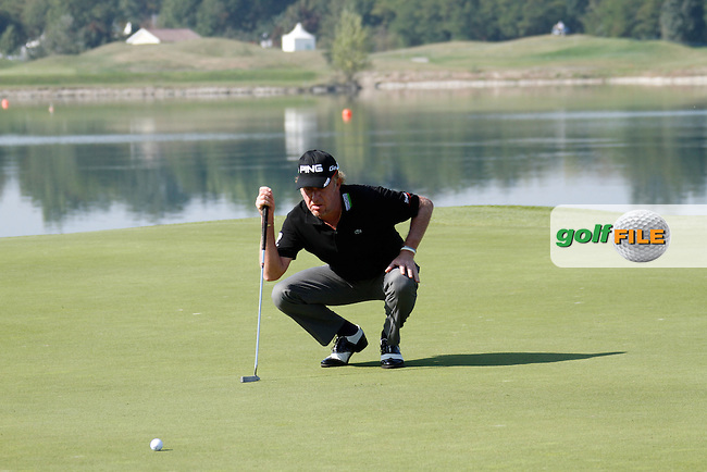 Miguel Angel Jimenez (ESP) lines up his putt the 1st green during Sunday's Final Round of the Austrian Open presented by Lyoness at the Diamond Country Club, Atzenbrugg, Austria, 25th September 2011 (Photo Eoin Clarke/www.golffile.ie)