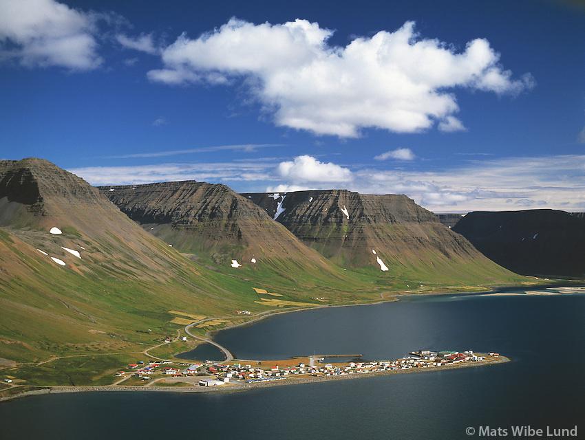 Flateyri, Flateyrarhreppur, Önundarfjörður / Onundarfjordur