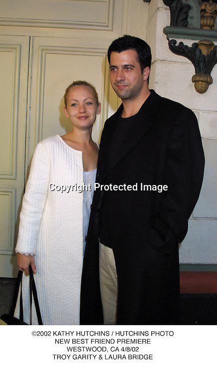 ©2002 KATHY HUTCHINS / HUTCHINS PHOTO.NEW BEST FRIEND PREMIERE.WESTWOOD, CA 4/8/02.TROY GARITY & LAURA BRIDGE