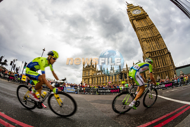 The peleton including Jesus Hernandez Blazquez (ESP) Tinkoff-Saxo pass the Houses of Parliment Westminster near the end of Stage 3 of the 2014 Tour de France running 155km from Cambridge to London. 7th July 2014.<br /> Picture:Thomas Van Bracht/Peleton Photos/www.newsfile.ie