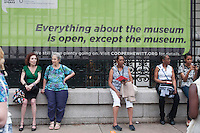 People attend the annual Museum Mile Festival, in which admission to nine New York City museums  is free in New York on June 11, 2014 in New York City. Joana Toro/VIEWpress