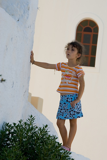 The locals on Santorini are warm and passionate people, true ambassadors of the famous Greek hospitality. They learn from a young age to value the simple, more peaceful things in life. With tourism being their main occupation, they know how to make tourists feel like they are at home.