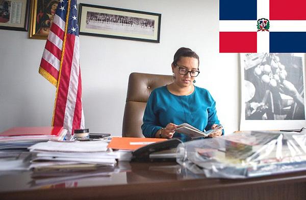 La senadora estatal de origen dominicano Marisol Alcántara, que representa al Alto Manhattan