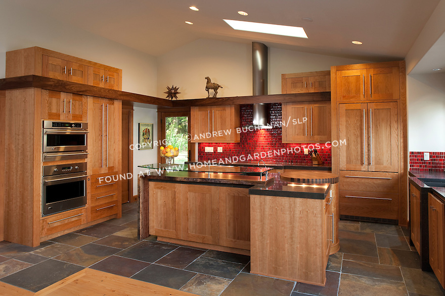 Df018721kitchen Cherry Wood Slate Red Photog