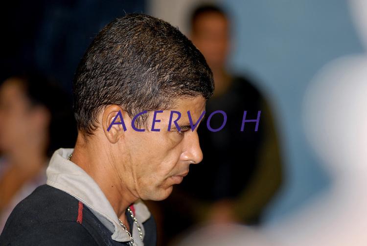 """Clodoaldo Carlos Batista, conhecido como Eduardo, um dos envolvidos no assassinato de Dorothy Stang <br /> durante o julgamento do fazendeiro Regivaldo Pereira Galvão, o """"Taradão"""", acusado de ser o principal mandante da morte da missionária Dorothy Stang, ocorrida na manhã de 12 fevereiro de 2005, em Anapu, enfrenta hoje o Tribunal do Júri no Fórum Criminal de Belém.<br /> Belém Pará Brasil<br /> Paulo Santos<br /> 30 04 2010"""