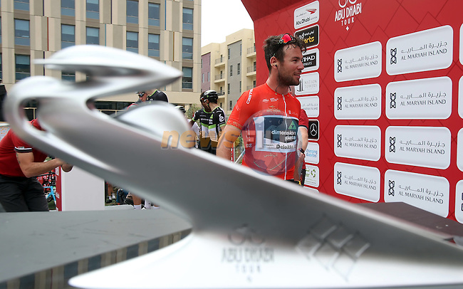 Race leader Mark Cavendish (GNR) Team Dimension Data at sign on before the start of Stage 3 Al Maryah Island Stage of the 2017 Abu Dhabi Tour, starting at Al Ain and running 186km to the mountain top finish at Jebel Hafeet, Abu Dhabi. 25th February 2017<br /> Picture: ANSA/Matteo Bazzi | Newsfile<br /> <br /> <br /> All photos usage must carry mandatory copyright credit (&copy; Newsfile | ANSA)