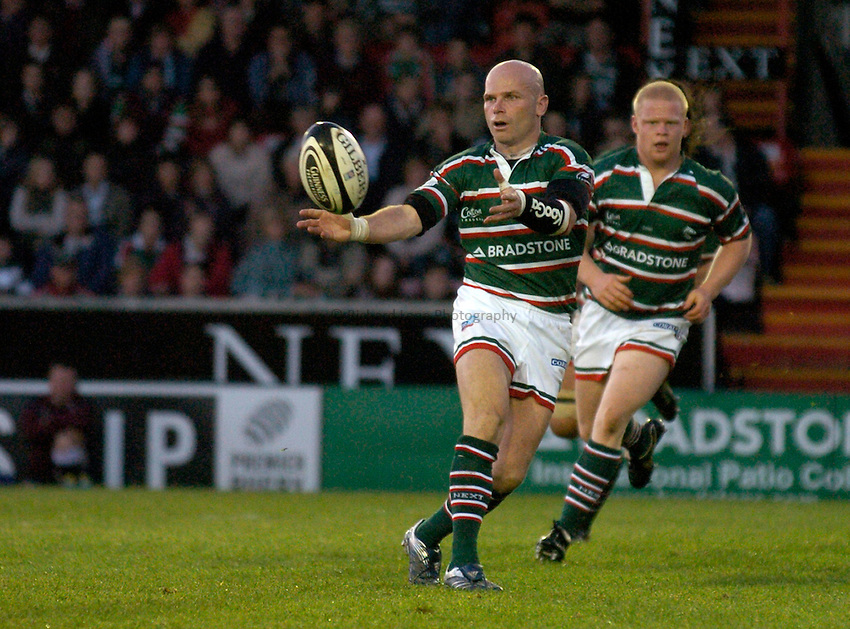 Photo: Richard Lane..Leicester Tigers A v London Wasps A. Guinness A League Final. 07/05/2007. .Tigers' Paul Burke passes.