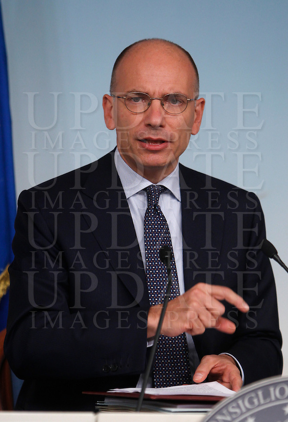 UPDATE IMAGES PRESS/Isabella Bonotto<br /> Il Presidente del Consiglio Enrico Letta durante la conferenza stampa al termine del Consiglio dei Ministri a Palazzo Chigi, Roma, 19 settembre 2013.<br /> Italian Premier Enrico Letta attends a press conference at the end of a cabinet meeting at Chigi Palace, Rome 19 September 2013.<br /> UPDATE IMAGES PRESS/Isabella Bonotto