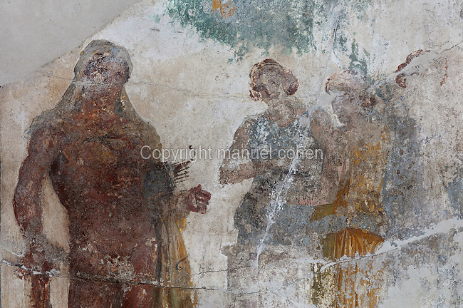 Detail from the fresco panel of Hercules in the Garden of the Hesperides, in the triclinium of the Casa del Sacerdos Amandus, or House of the Priest Amandus, Pompeii, Italy. The fresco is in the Third Style of Roman wall painting, 20–10 BC, characterised by an ornamental elegance in figurative and colourful decoration. Pompeii is a Roman town which was destroyed and buried under 4-6 m of volcanic ash in the eruption of Mount Vesuvius in 79 AD. Buildings and artefacts were preserved in the ash and have been excavated and restored. Pompeii is listed as a UNESCO World Heritage Site. Picture by Manuel Cohen