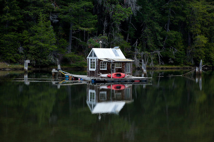 Floating Cabin On The Albion River, Mendocino County | Tonatiuh  Trejo Cantwell