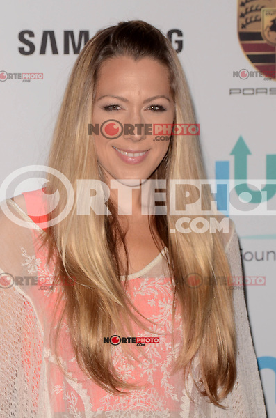 BEVERLY HILLS, CA - NOVEMBER 03: Colbie Caillat at Goldie's Love In For Kids at Ron Burkle's Green Acres Estate on November 3, 2017 in Beverly Hills, California. Credit: David Edwards/MediaPunch