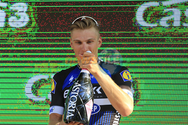 Marcel Kittel (GER) savours the bubbly after winning Stage 2 of the 2016 Giro d'Italia running 190km from Arnhem to Nijmegen, The Nethrerlands. 7th May 2016.<br /> Picture: Eoin Clarke | Newsfile<br /> <br /> <br /> All photos usage must carry mandatory copyright credit (&copy; Newsfile | Eoin Clarke)