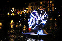 Nederland Amsterdam 2015 . Amsterdam Light Festival. Talking Heads van Viktor Vicsek in de Herengracht. Foto Berlinda van Dam /  Hollandse Hoogte