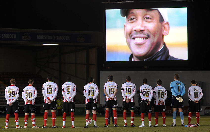 The Lincoln City players observe a moments silence in memory of former-Imps manager Keith Alexander who died last week, aged 53<br /> <br /> Picture: Chris Vaughan/Lincolnshire Echo<br /> Requested: Sports Desk<br /> Job Title: Lincoln City Vs Hereford United<br /> Date: Friday 12th March 2010<br /> Contact: Lincoln City Football Club on 01522 880011<br /> imps09<br /> LN5 8LD