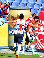 BARRANQUIILLA -COLOMBIA-28-02-2016: Roberto Ovelar (Der) del Atlético Junior celebra después de anotar un gol a Jaguares FC durante partido por la fecha 7 de la Liga Águila I 2016 jugado en el estadio Metropolitano Roberto Meléndez de la ciudad de Barranquilla./ Roberto Ovelar (R) player of Atletico Junior celebrates after scoring a goal to Jaguares FC during match for the date 7 of the Aguila League I 2016 played at Metropolitano Roberto Melendez stadium in Barranquilla city.  Photo: VizzorImage/ Alfonso Cervantes /Cont