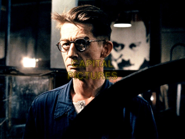 1984 (1984) <br /> (Nineteen Eighty-Four)<br /> John Hurt<br /> *Filmstill - Editorial Use Only*<br /> CAP/KFS<br /> Image supplied by Capital Pictures