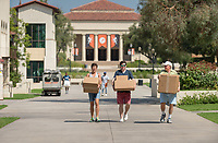 Occidental College move-in on Aug. 21, 2017.<br /> (Photo by Marc Campos, Occidental College Photographer)