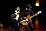 12 30 - Dago Red - Raiz & Fausto Mesolella