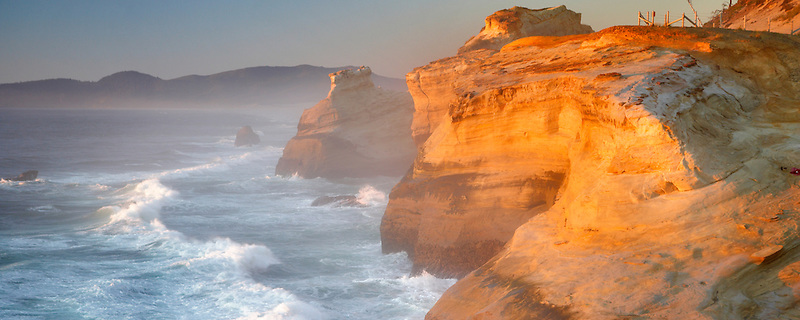 Evening light and waves at Cape Kiwanda. Oregon