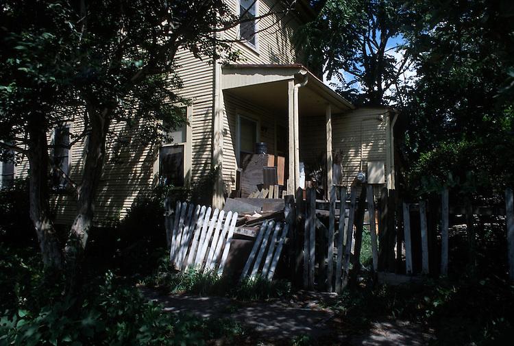 1988 August ..Redevelopment.Huntersville 1&2 (R-70)..ANN STREET...NEG#.NRHA#..