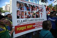PORTO ALEGRE,RS, 13.03.2016 - PROTESTO-DILMA - Manifestantes contrario ao governo Dilma Rousseff durante ato pelo impeachment da presidente na avenida Goethe em Porto Alegre, neste domingo, 13. (Foto: Naian Meneghetti/Brazil Photo Press)