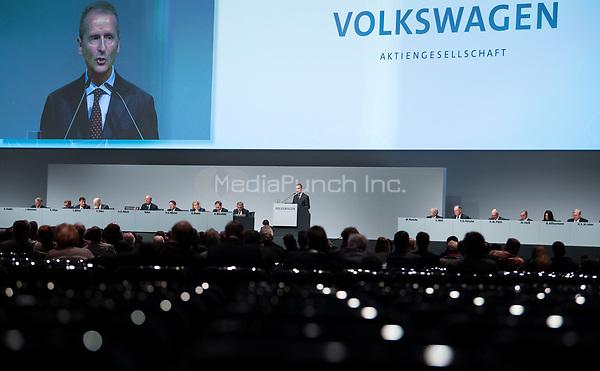 03 May 2018, Germany, Berlin: Herbert Diess, CEOof Volkswagen AG, speaking at the Volkswagen AG annual general meetingat the Messegelaende in Berlin. Photo: Bernd von Jutrczenka/dpa /MediaPunch ***FOR USA ONLY***