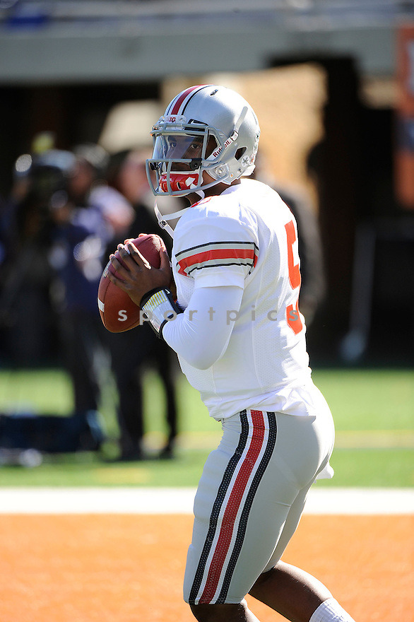 BRAXTON MILLER, of the Ohio State Buckeyes, in action during Ohio State's game against the Illinois Fighting Illini on October 15, 2011 at Memorial Stadium in Champaign, IL. Ohio State beat Illinois 17-7.