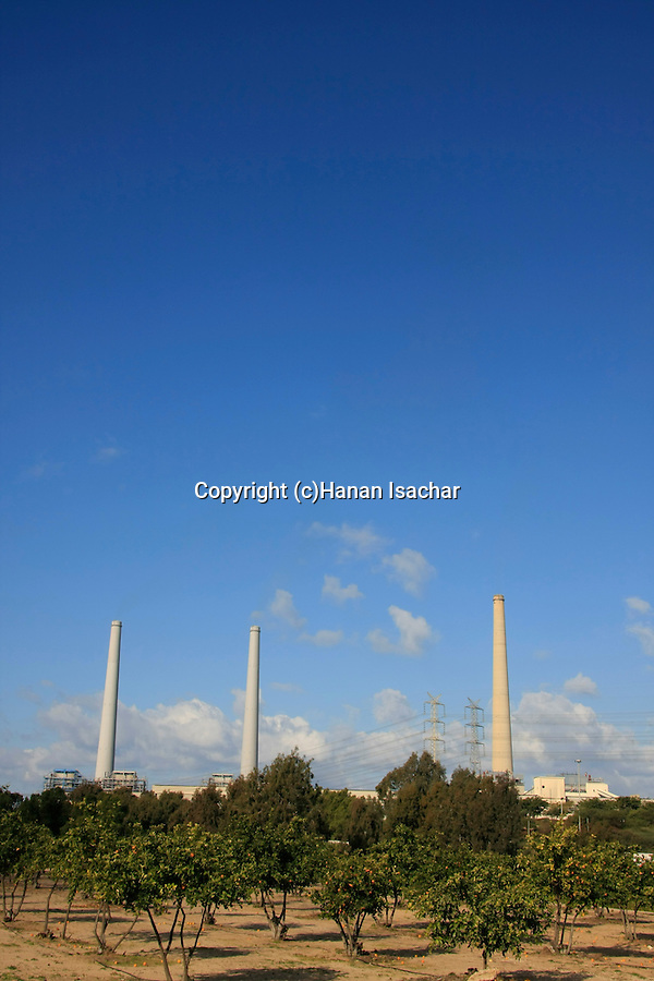 Israel, Sharon region, Orot Rabin power plant by Hadera river .