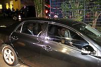 SAO PAULO, SP, 03.04.2015 - MORTE FILHO DO GOVERNADOR / SAO PAULO - Geraldo Alckmin sai do IML central. O filho do governador de são paulo morreu na tarde desta quinta-feira,02, após sofrer acidente de helicóptero em Carapicuíba na grande São Paulo. (Foto: Fernando Neves/ Brazil Photo Press).