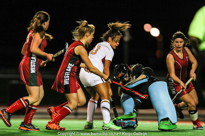 Girls 1st XI hockey, Kings College v Westlake Girls, Kings College, Auckland, New Zealand. Thursday 11 August 2016. Photo: Simon Watts/www.bwmedia.co.nz for Kings College