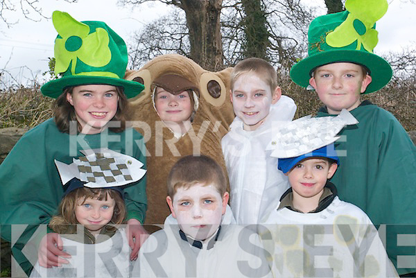 Kilocrim kids: Some of the children from the Kilocrim float, who were overall winners at the Listowel St Patrick's Day parade on Sunday were front l-r Aoife Horgan, Tadgh Nolan and Cillian Brophy. Back l-r Rebecca and Louise Horgan, Thomas Doherty and Sean Neville..   Copyright Kerry's Eye 2008