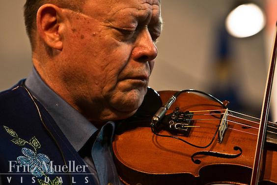 Metis fiddler Richard Lafferty, Hay River, NWT