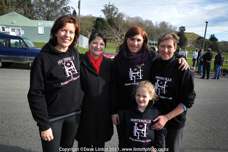 Hunterville's senior WAGs, Kerin Ratima (left) and Ginny Kilmister (right), with Diana Bonnor, Kathryn Newman and Ginny's daughter Haana in front, on the morning of the final.  Wanganui Senior B club rugby final - Hunterville v Marist Celtic at Spriggens Park, Wanganui, New Zealand on Saturday, 23 July 2011. Photo: Dave Lintott / lintottphoto.co.nz