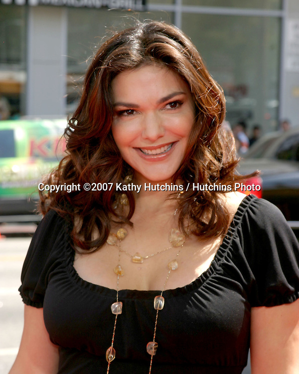 "Laura Harring.""Nancy Drew"" Premiere.Grauman's Chinese Theater.Los Angeles, CA.June 9, 2007.©2007 Kathy Hutchins / Hutchins Photo...."