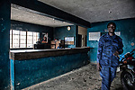 Sierra Leone, <br /> prisons<br /> Life after the Ebola epidemic<br /> The country is now recovering from the Ebola virus epidemic, which infected 14,122 people and killed 3,955. The dramatic spread of the virus struck a population already worn out by a decade of civil war. <br /> ph &copy; Andreja Restek, 2016