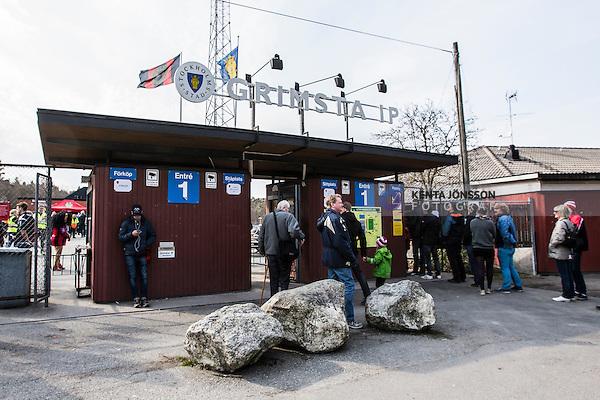 V&auml;llingby 2014-03-30 Fotboll Allsvenskan IF Brommapojkarna - Kalmar FF :  <br /> Skylt ovanf&ouml;r entr&eacute;n till Grimsta IP<br /> (Foto: Kenta J&ouml;nsson) Nyckelord:  BP Brommapojkarna Grimsta Kalmar KFF utomhus exteri&ouml;r exterior skylt