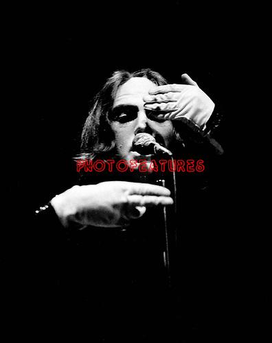 Genesis 1973 (?) Peter Gabriel.© Chris Walter.
