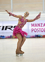 CALI - COLOMBIA - 19 - 09 - 2015: Silvia Stibilj, deportista de Italia, durante la prueba de Solo Danza Obligatorias Mayores Damas, en el LX Campeonato Mundial de Patinaje Artistico, en el Velodromo Alcides Nieto Patiño de la ciudad de Cali. / Silvia Stibilj, sportwoman of Italy, during the Compulsory Solo Dance Senior Leidis  test, in the LX World Championships  Figure Skating, at the Alcides Nieto Patiño Velodrome in Cali City. Photo: VizzorImage / Luis Ramirez / Staff.