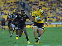 Ben Lam (Hurricanes) heads for the tryline during the Super Rugby match between the Hurricanes and Sharks at Sky Stadium in Wellington, New Zealand on Saturday, 15 February 2020. Photo: Dave Lintott / lintottphoto.co.nz