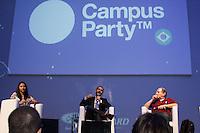 """SÃO PAULO, SP. 06.02.2015 -  CAMPUS PARTY DEBATES """"PIRATARIA E OS DIREITOS AUTORAIS - Ronaldo Lemos, advogado especialista em tecnologia é o moderador do debate """"Pirataria e os Direitos Autorais"""" que aconteceu na oitava edição da Campus Party na tarde desta sexta-feira, (6). (Foto: Renato Mendes / Brazil Photo Press)"""