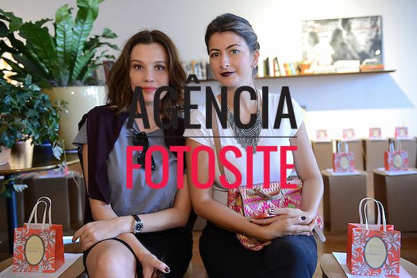Jadi stipp e Andrea Boeno<br /> <br /> Isabela Capeto<br /> <br /> S&atilde;o Paulo Fashion Week- Ver&atilde;o 2016<br /> Abril/2015<br /> <br /> foto: Gabriel Cappelletti/ Ag&ecirc;ncia Fotosite