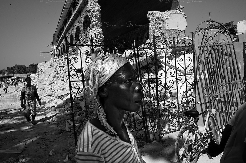 Leogane, Haiti, Jan 24 2010.Closest town from the epicenter, Leogane is almost totally destroyed, no building is intact, the inhabitants live in makeshift shelters.