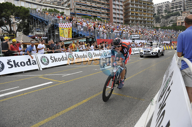 Caisse d'Epargne team rider Luis-Leon Sanchez (ESP) passes beneath the packed grandstands on his way to the finish line the Prologue Stage 1 of the 2009 Tour de France a 15.5km individual time trial held around Monaco. 4th July 2009 (Photo by Eoin Clarke/NEWSFILE)