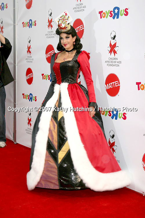"Teri Hatcher .""Dream Halloween"" 2007 - Benefitting the charity ""Children Affected by Aids Foundation"".Barker Hanger.Santa Monica,  CA.October 27, 2007.©2007 Kathy Hutchins / Hutchins Photo...               ."