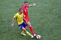 SAMARA - RUSIA, 07-07-2018: Sebastian LARSSON (Izq) jugador de Suecia disputa el balón con Jordan HENDERSON (Der) jugador de Inglaterra durante partido de cuartos de final por la Copa Mundial de la FIFA Rusia 2018 jugado en el estadio Samara Arena en Samara, Rusia. / Sebastian LARSSON (L) player of Sweden fights the ball with Jordan HENDERSON (R) player of England during match of quarter final for the FIFA World Cup Russia 2018 played at Samara Arena stadium in Samara, Russia. Photo: VizzorImage / Julian Medina / Cont