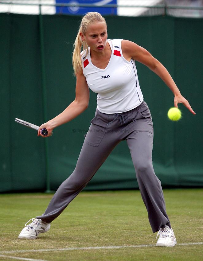 Photograph: Scott Heavey..Hastings Direct Womens Tennis.  Eastbourne. 18/06/2003..Jelena Dokic